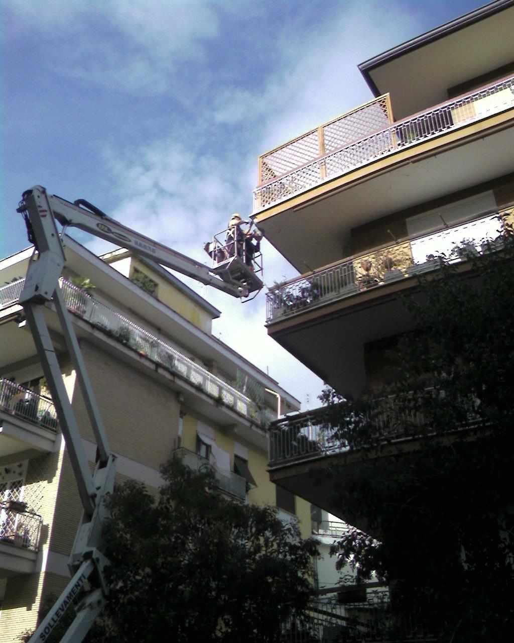 lavori con piattaforma aerea roma